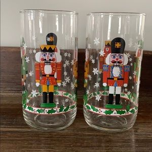 Nut cracker Christmas glasses